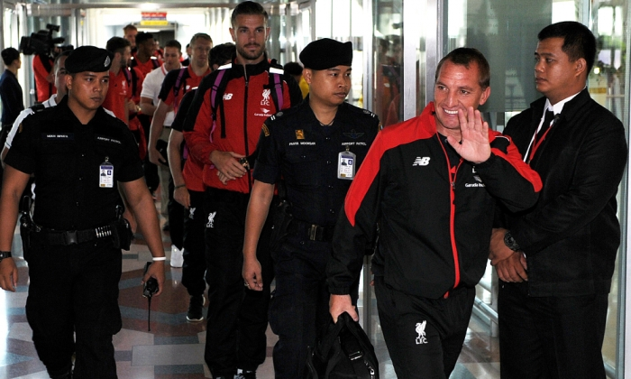 Reds arrive in Bangkok to begin tour